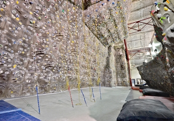 Indoor Rock Climbing | Chelsea Piers Sports Center Gym ...