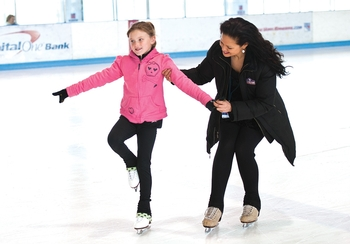 learn to skate at sky rink nyc s indoor twin rink chelsea piers nyc future stars